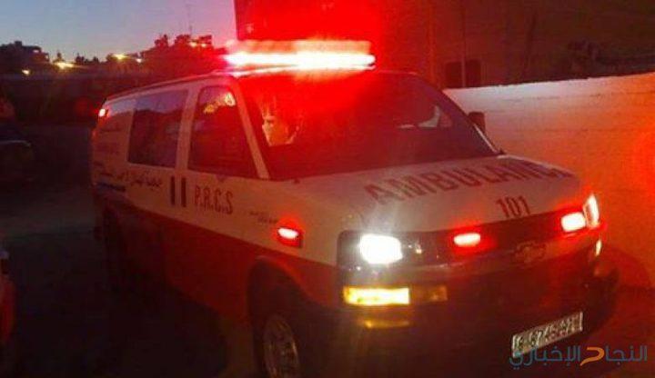 إصابة مواطنة وطفلة 4 سنوات جراء دهس شاحنة في نابلس
