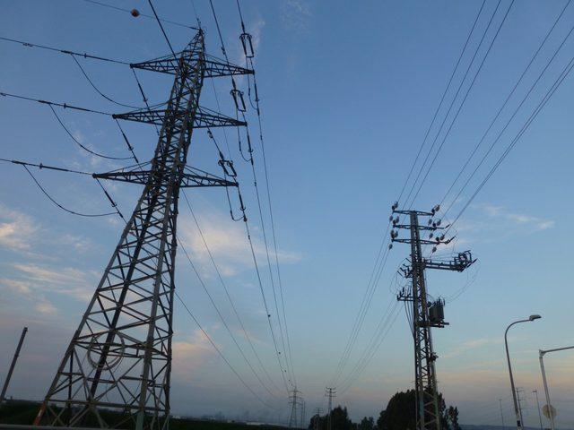 ساعات قطع الكهرباء عن مدينة نابلس خلال اليوم