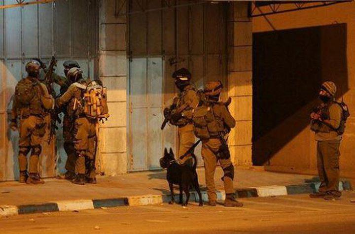 الإحتلال يصيب شاباً شمال قطاع غزة بجروح خطيرة