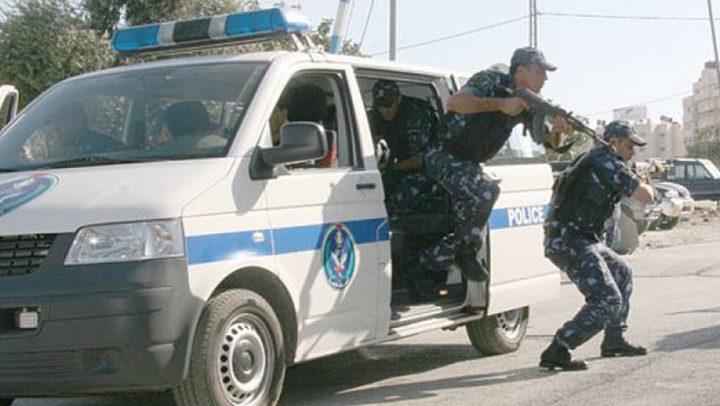 الشرطة تقبض على شخص بتهمة انتحال شخصية