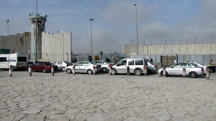 الاحتلال يعلن عن اعمال صيانة بمحيط حاجز قلنديا