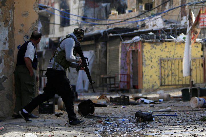 الأحمد يلتقي قيادات لبنانية لبحث الأوضاع بالمخيمات الفلسطينية