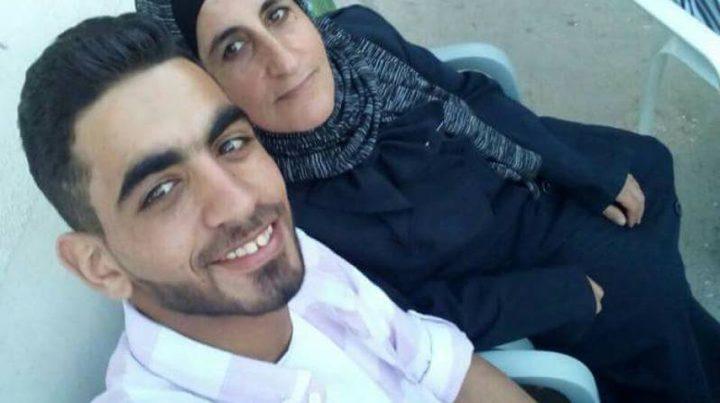 الاحتلال يصدر أحكاما بحق أفراد عائلة الأسير عمر العبد