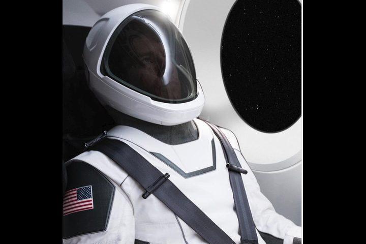 """أول صورة رسمية لبزة """"سبيس إكس"""" الفضائية"""
