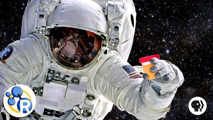 تحويل مخلفات رواد الفضاء إلى بلاستيك ومواد غذائية!