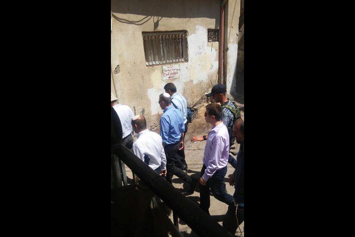 أردان يتجول في بلدة سلوان ويزور الكنيس اليهودي