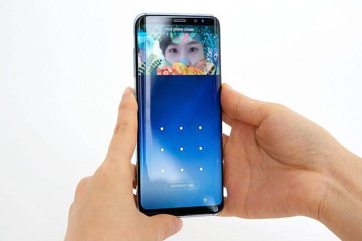 لماذا شكل الهواتف الذكية مستطيل !