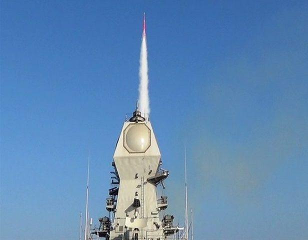 """اسرائيل تسلم الهند اول صاروخ """"باراك 8"""""""