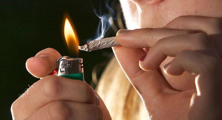 ضبط مواطن يتعاطى المخدرات