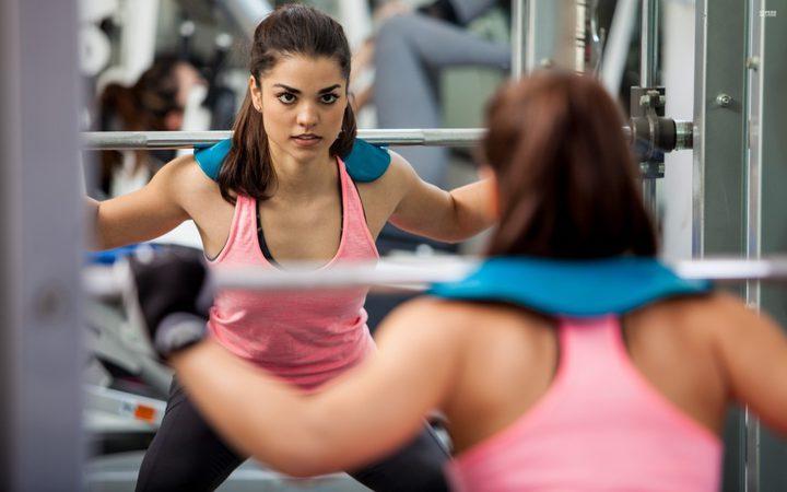 دراسة : النساء أكثر تحملاً لتمارين العضلات!