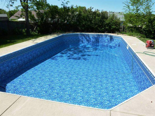 اغلاق مسبح غير مستوف لشروط السلامة في جنين