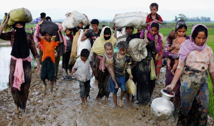 مسلمو الروهينغا يواصلون الفرار جراء العنف في ميانمار