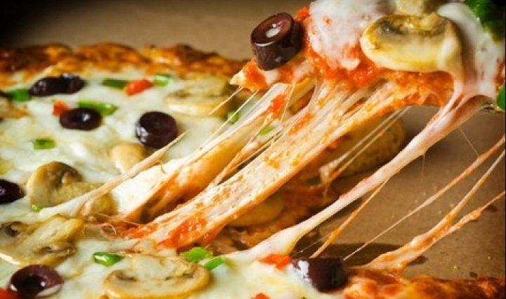 قصة البيتزا.. من أين أتت؟