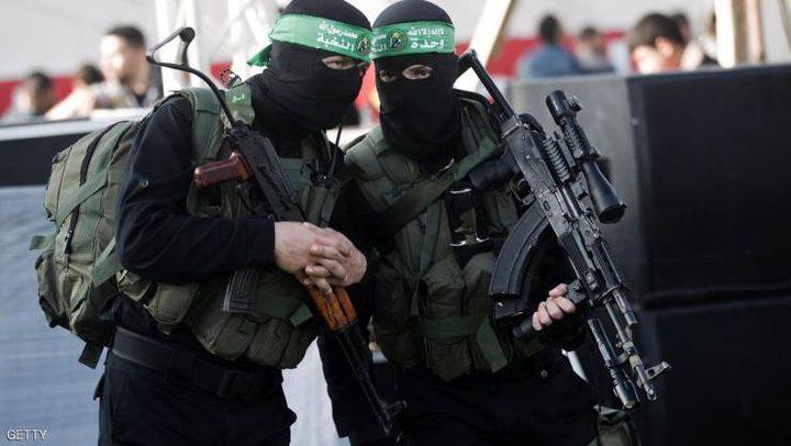 خبير إسرائيلي: دحلان تسبب بأزمة داخل حماس!