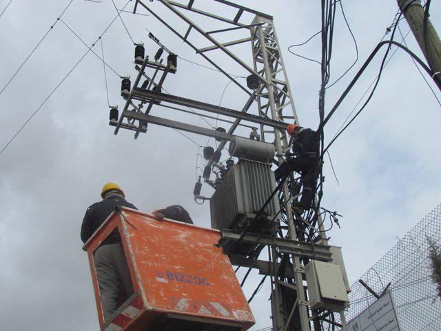 تعطل خطوط الكهرباء المصرية الموصلة لغزة