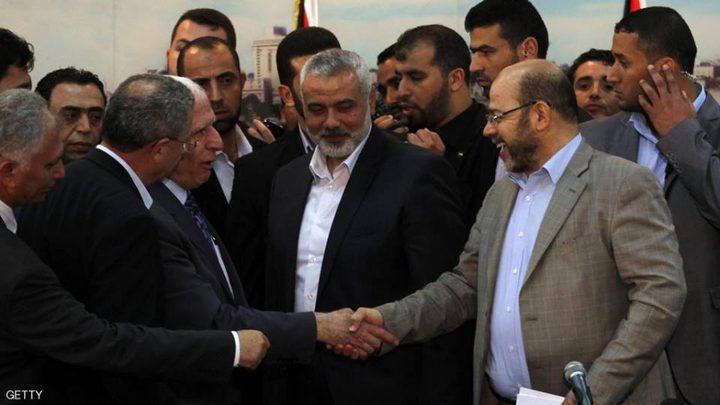 اجتماع ثنائي بين فتح وحماس والحكومة تعود الى غزة خلال أيام