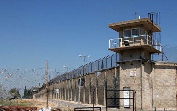أسرى الجهاد يهددون بالتصعيد وسط توتر في سجن النقب