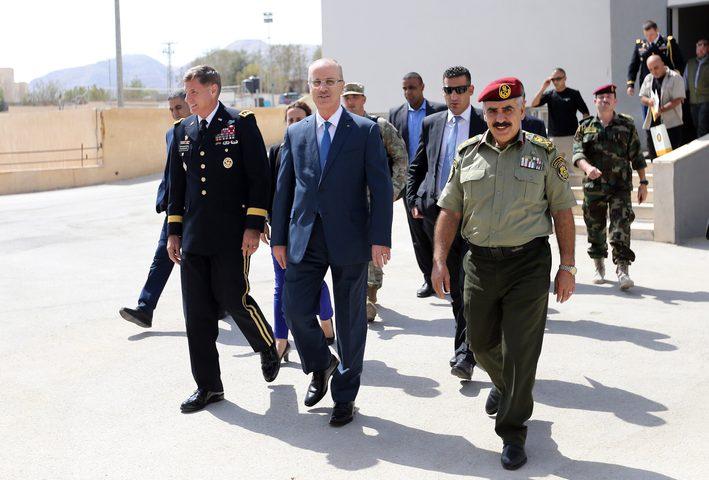 رئيس الوزراء للمجتمع الدولي: لن نقبل بأنصاف الحلول ولا بحلول أمنية أو اقتصادية مجزأة
