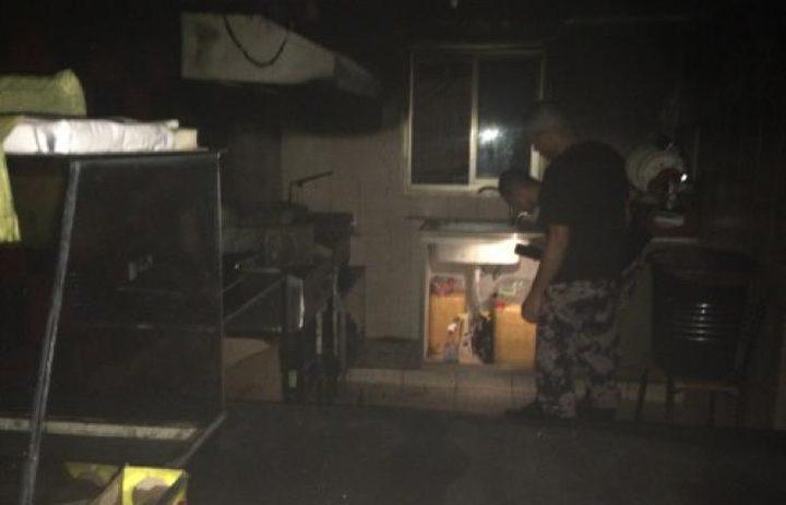 اندلاع حريق بمطعم في رام الله