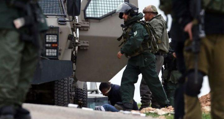 """الاحتلال يعتقل شابا من قرية""""كفيرت"""""""