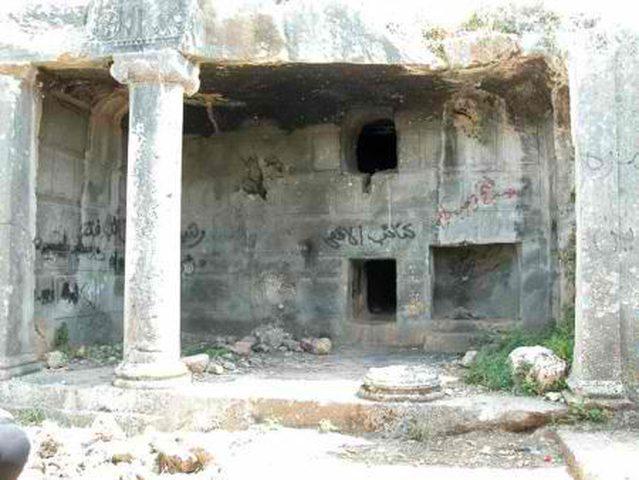 مستوطنون يقتحمون موقعًا أثريًا في قراوة بني حسان
