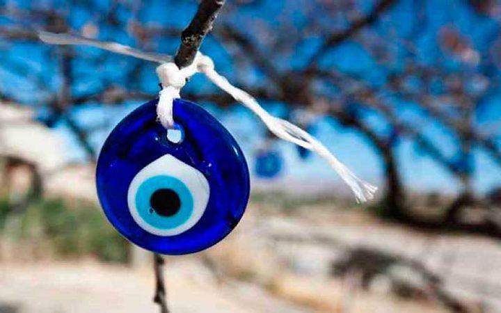 """الخرزة الزرقاء.. الخرافة التي اعترفت بها الـ""""يونسكو"""""""
