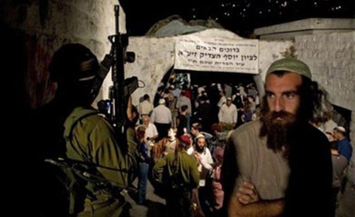 ثلاث إصابات خلال اقتحام مئات المستوطنين لقبر يوسف