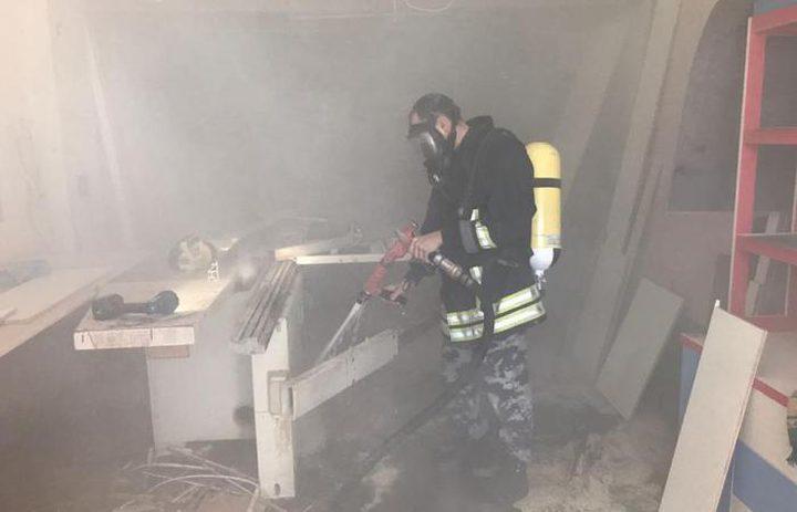 الدفاع المدني يخمد حريقاً في منجرة