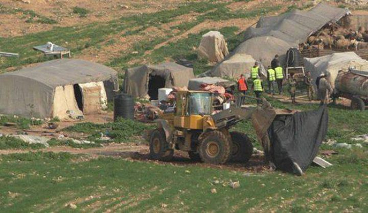 أهالي قرية بردلة يواجهون أوضاعا معيشية صعبة بسبب مضايقات الاحتلال