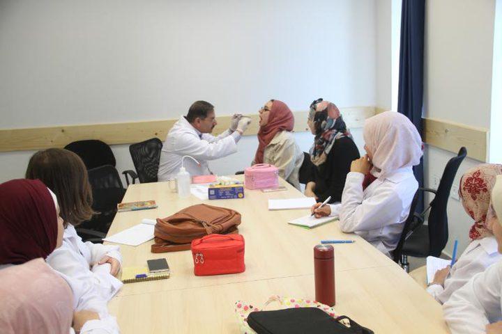 النجاح تستقطب د. زيدان خمايسة أحد أشهر المختصين في أمراض النطق
