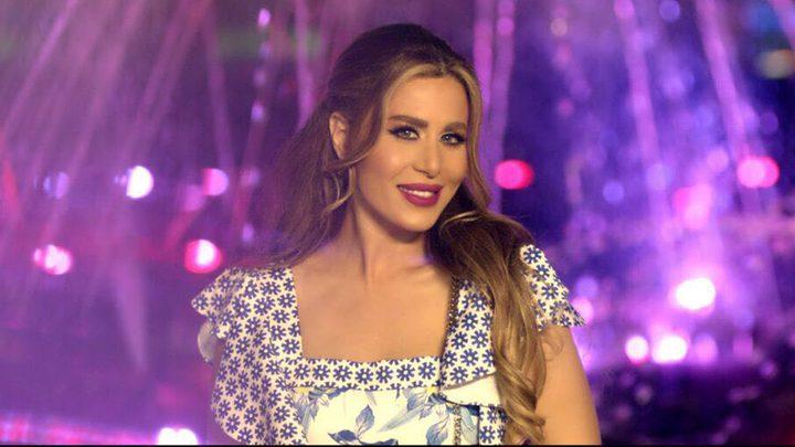 مذيعة تطرد فنانة لبنانية في بث مباشر لبرنامج