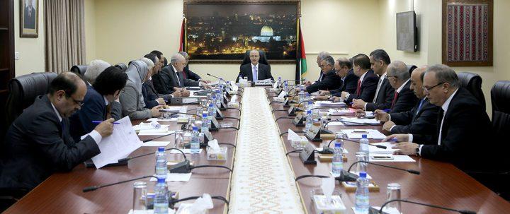 اجتماع مجلس الوزراء: قرار بإعادة هيكلة الوزارات وتعليق سفر الوزراء للخارج