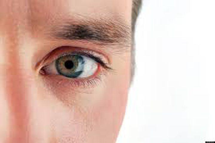 مهندس يخترع جهاز للكلام بالعيون !