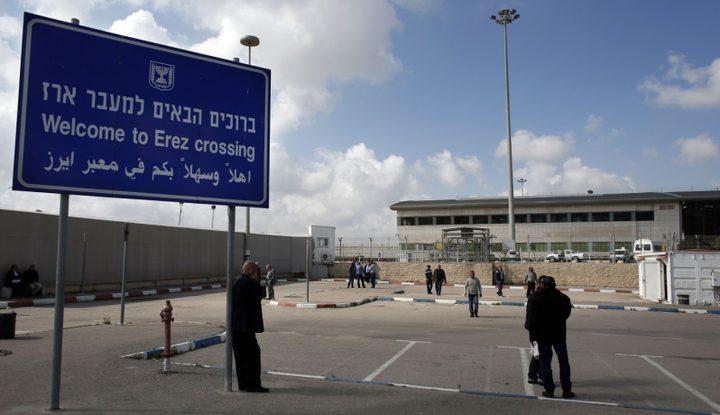 مهنا يوضح: تعيين مدراء لمعابر غزة أكاذيب
