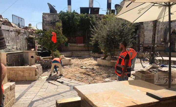 """الاحتلال يشرع بأعمال حفر داخل """"باب العامود"""""""