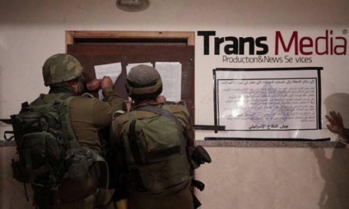 الحكومة: الاحتلال يرتكب اعتداءً وخرقاً مزدوجاً