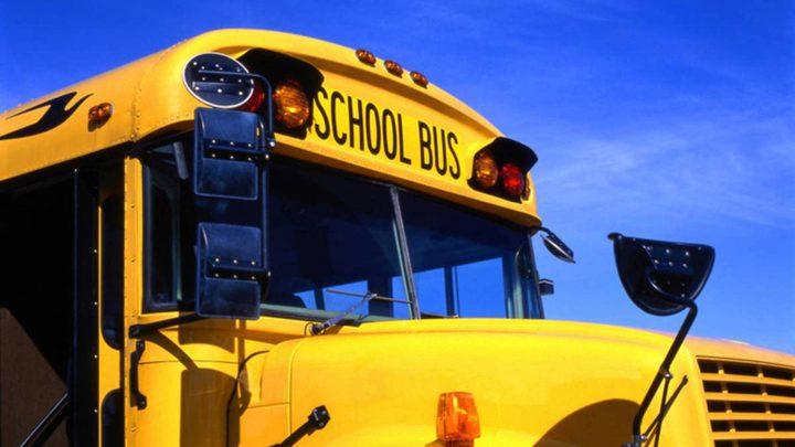 هل تذكرون الطفل نواف الذي مات اختناقاً بعدما نسيه السائق في حافلة المدرسة؟ المأساة تتكرر
