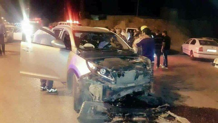 مصرع شاب واصابة 4 آخرين بحادث سير (صور)