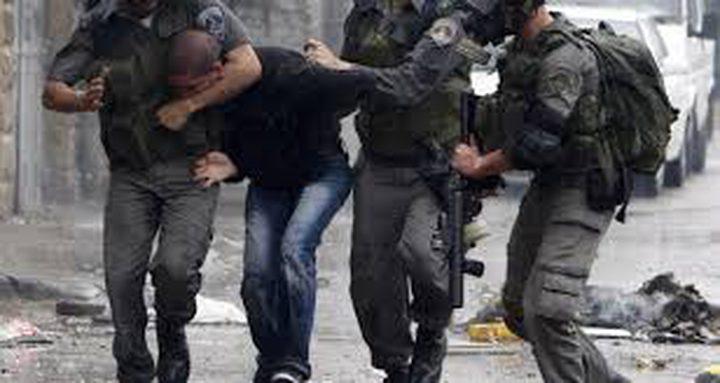 الاحتلال يعتقل شابين بعد الاعتداء عليهما ضربا شرق جنين