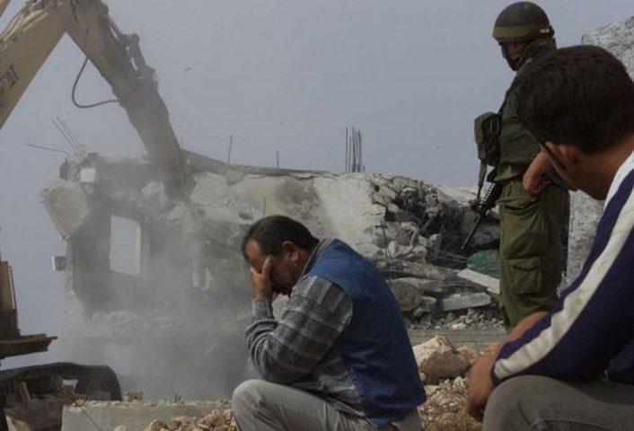 الاحتلال يقتحم سلوان ويسلّم بلاغات وإخطارات هدم جديدة