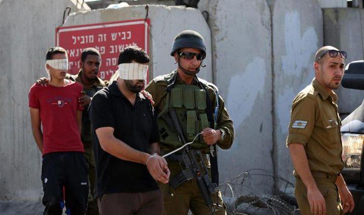 الاحتلال يعتقل (19) مواطناً