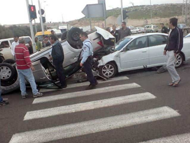 بالصور: إصابة ستة مواطنين بحادث سير شرق نابلس