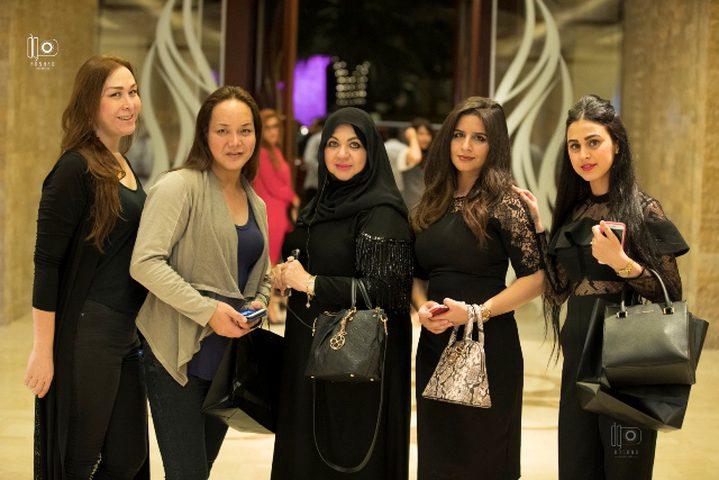 اختيار منى المنصوري مصممة العام في الإمارات