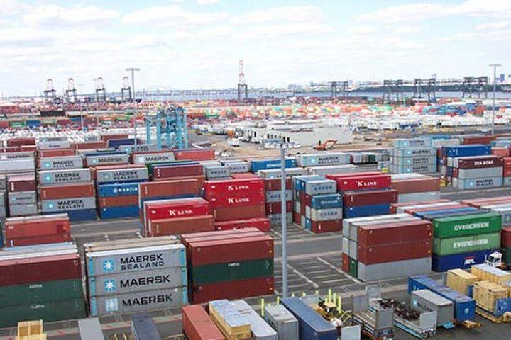 الإحصاء: ارتفاع الصادرات والواردات لشهرآب