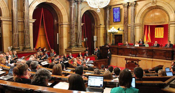 برلمان كتالونيا يصوت على الإنفصال واسبانيا تعارض