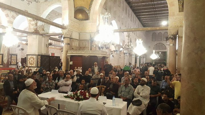 تفاصيل اعتقال مقدسيين من داخل المسجد الأقصى