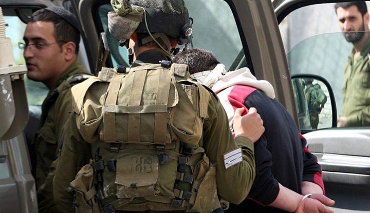 اعتقال تسعة مواطنين من الضفة