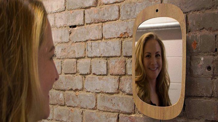 مرآة ذكية تجبر مرضى السرطان على الابتسام
