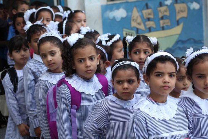 حدث في فلسطين..صدفة تكشف اغلاق مدرسة وباب الصف على طالبات
