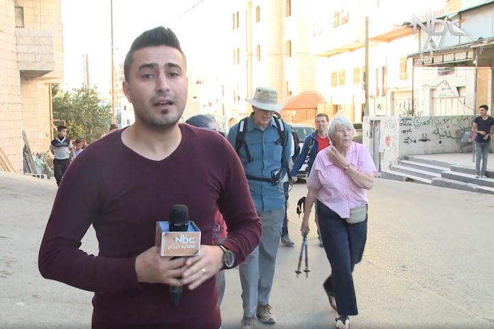 وصول مجموعة من البريطانيين مدينة الخليل من أجل التضامن مع الفلسطينين